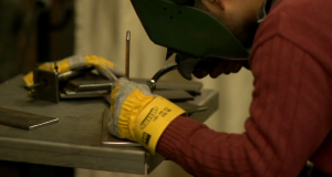Modern nyomástartó berendezések rozsdamentes acélból.